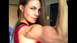 Beautiful muscle mom Jannie Lindgren