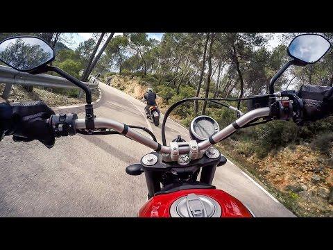 2015 Ducati Scrambler Icon & Full Throttle on board video, Valencia, Spain (Ducati Academy)