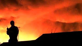 Pożar w Azjatyckim Mieście. Moja Historia - Uciekłem z Domu w Wieku 16 Lat.
