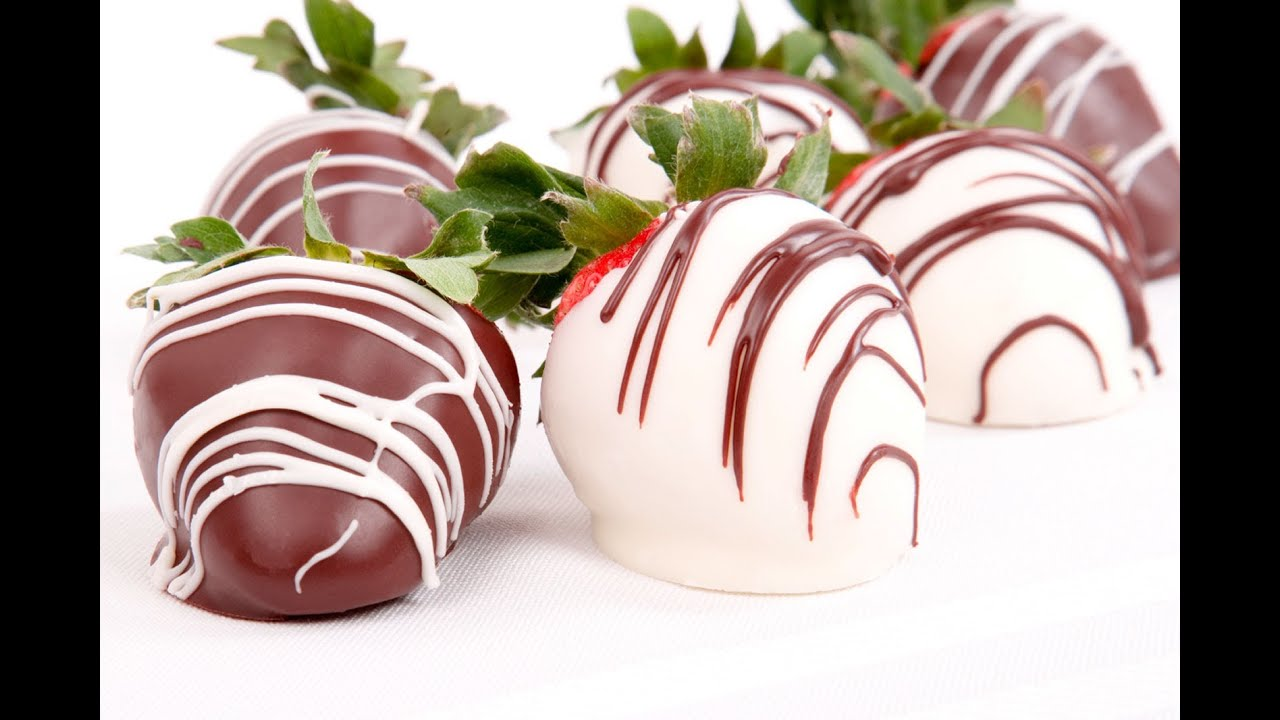 How To Decorate Chocolate Dipped Strawberries Youtube