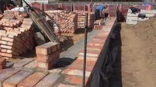 видео Высота кирпичной кладки в 4 кирпича