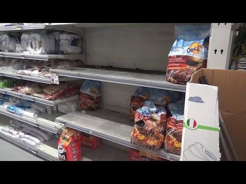 Palermo, Coronavirus: supermercati presi d'assalto e scaffali vuoti
