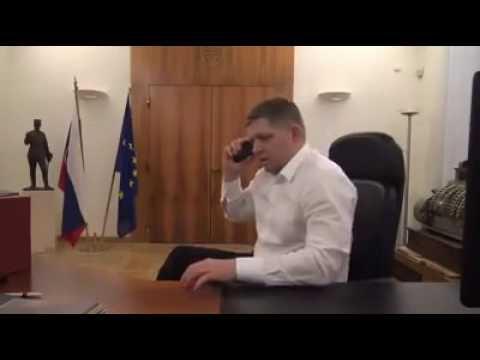 Robert FICO volá riaditeľovi VšZP... Kto je raz hlúpy, rozum si nekúpi