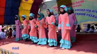 Download Mp3 Tari Islami Modern   Robbi Kholaq Toha Min Nur   Mi Al-fajriyah
