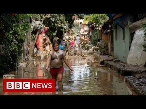 Typhoon Vamco: Dozens dead as Philippines hit by powerful storm - BBC News