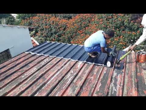 bituminous-sheets-laying-in-terrace-for-water-proofing