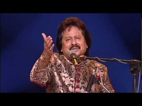 'Niklon Na Tum...'Ek Taraf Uska Ghar...' sung by Pankaj Udhas