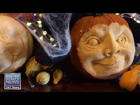 Fairmont Southampton's Carved Pumpkin Display, October 25 2019
