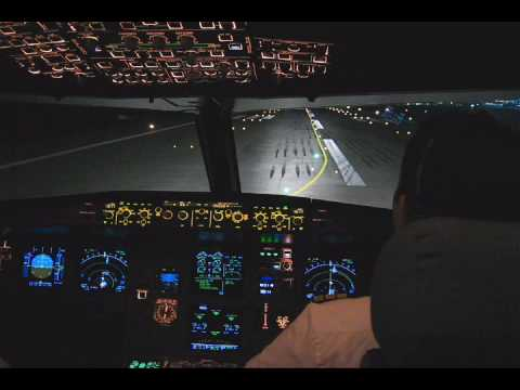Airbus A320 NIGHT TAKE OFF