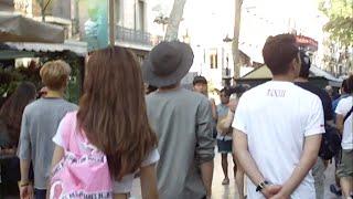 BEAST 비스트 - Doojoon and Yoseob walking in Barcelona streets BTS Cut FanCam Version
