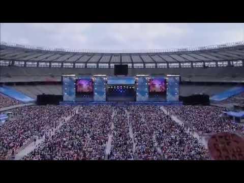 AKB48 - Heavy Rotation/Aitakatta - Live