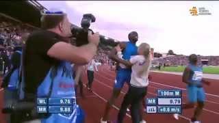► Усейн Болт (Usain Bolt) напрыгнул на блондинку! Юморной случай