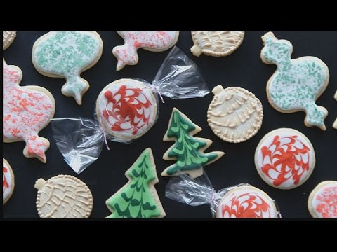 3 Fun & Easy Ways To Decorate Sugar Cookies