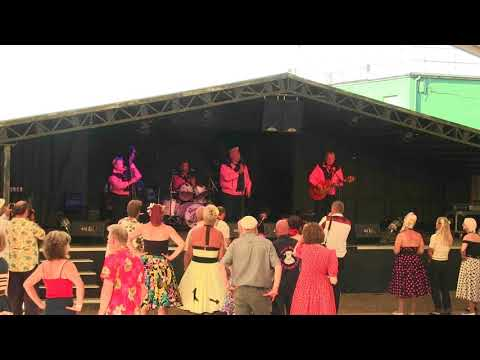 The Bobcats-Control Tower Stage@Twinwood Festival 2017