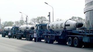 Video: Desfile en Corea del Norte como muestra de su poderío