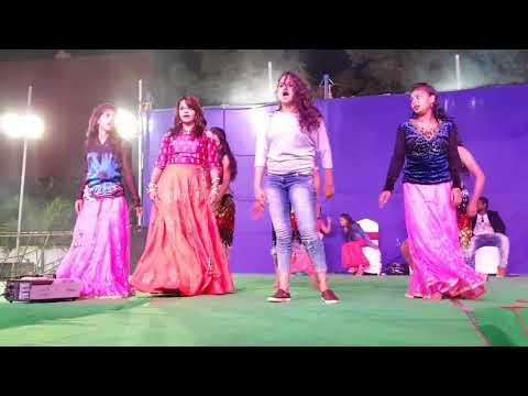 Mass Performance by Girls || Gunna Mamidi || oh pilla Mounika ||