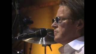 "Eagles perform ""Hotel California"" at the 1998 Rock & Roll Hall of Fame Induction Ceremony"