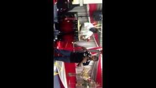 vuclip Prestation du chantre Daniel BONI au CIPE ACI-EI Paris lors d'un service - Montreuil, France