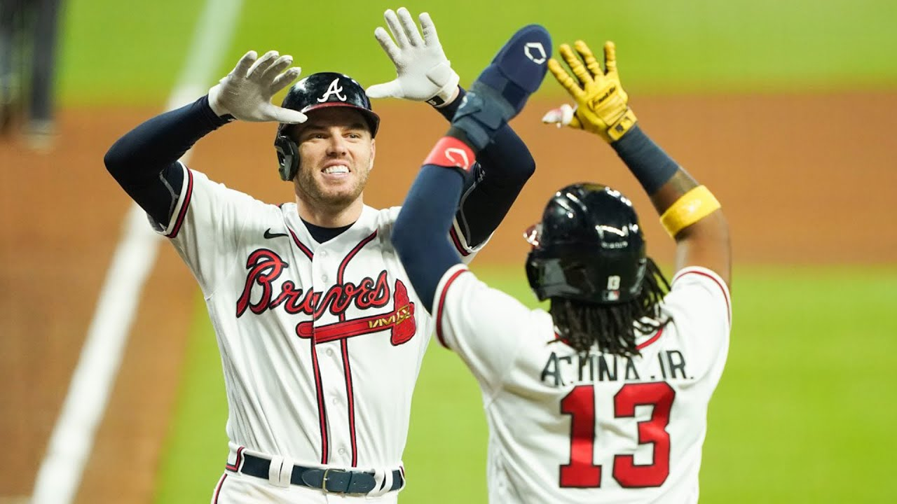 Braves hit 5 HRs to clinch THIRD straight NL East title