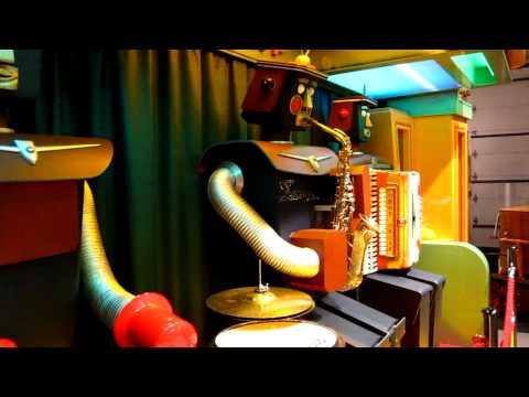 DeCap Robot Band