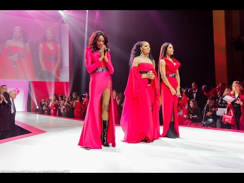 En Vogue at The Red Dress Collection NYFW