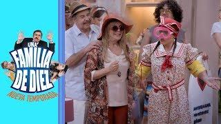 Una familia de 10: ¡La familia se va de vacaciones! | C10 - Temporada 2 | Distrito Comedia