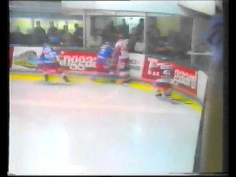 Aab vs. Hvidovre. Danish Icehockey early ´90s. Heinz Ehlers