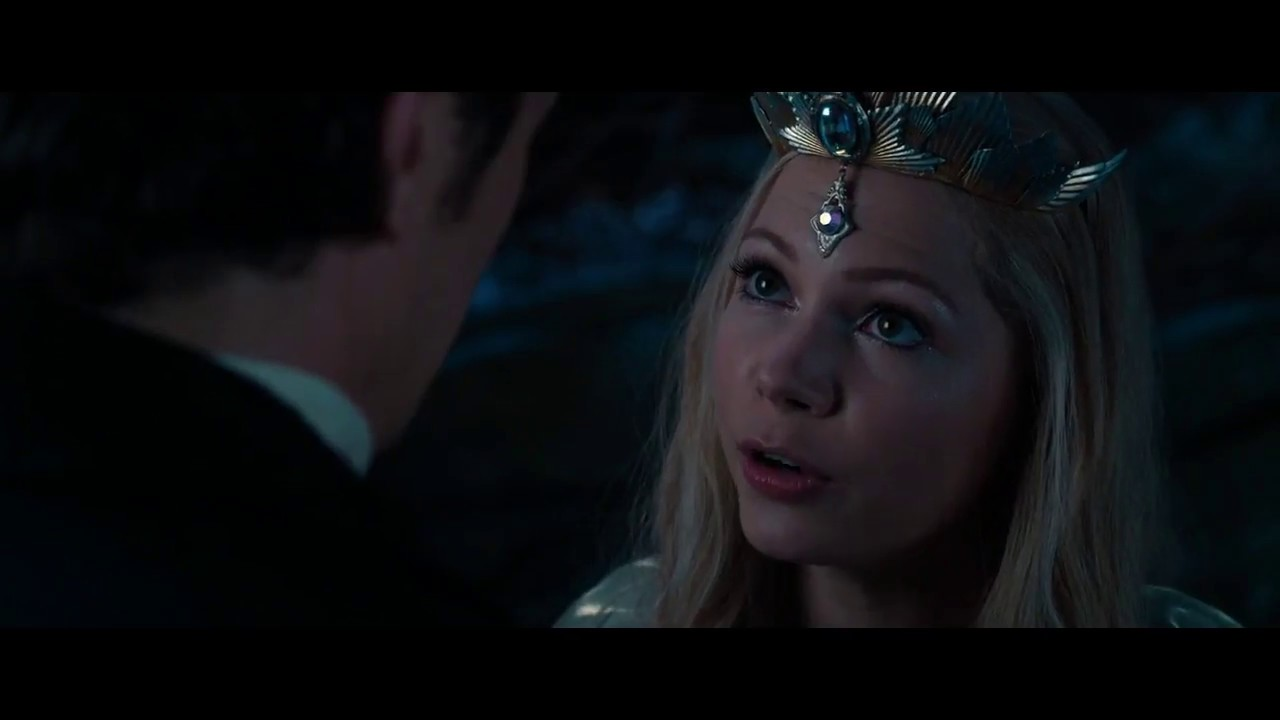 Download Oz the Great and Powerful: Oz meets glinda scene