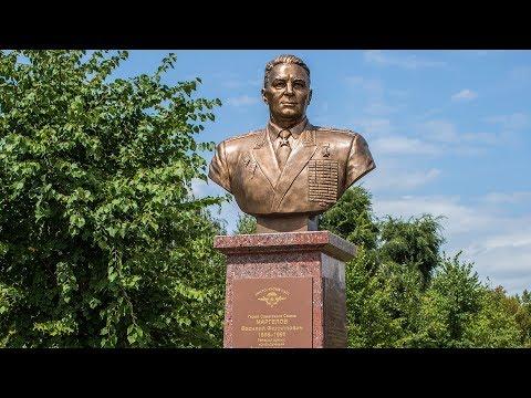 """Памятник """"Бате"""" Маргелову в Воронеже"""