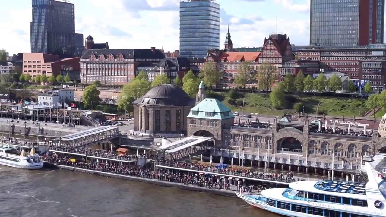 Auslaufen der MSC Splendida aus dem Hafen Hamburg - YouTube