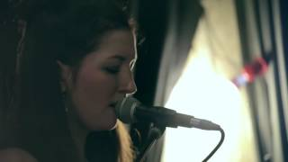 Hide and Seek (Imogen Heap) live by Lea Bergen