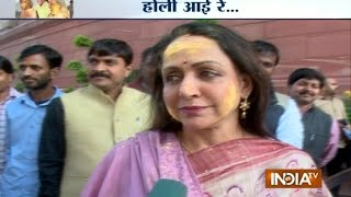 MPs Celebrate Holi in Parliament - India TV