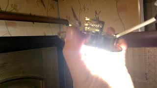 видео Почему светодиодная лампа тускло горит после выключения?