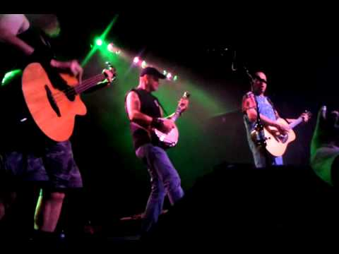 Hayseed Dixie - Corn Liquor (live) [poor quality]
