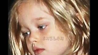 Suri Cruise & Shiloh Jolie Pitt.wmv