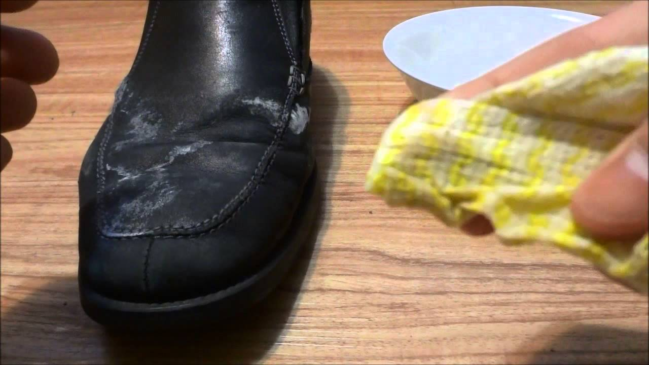 How To Remove Salt Stains From Shoes Water And White