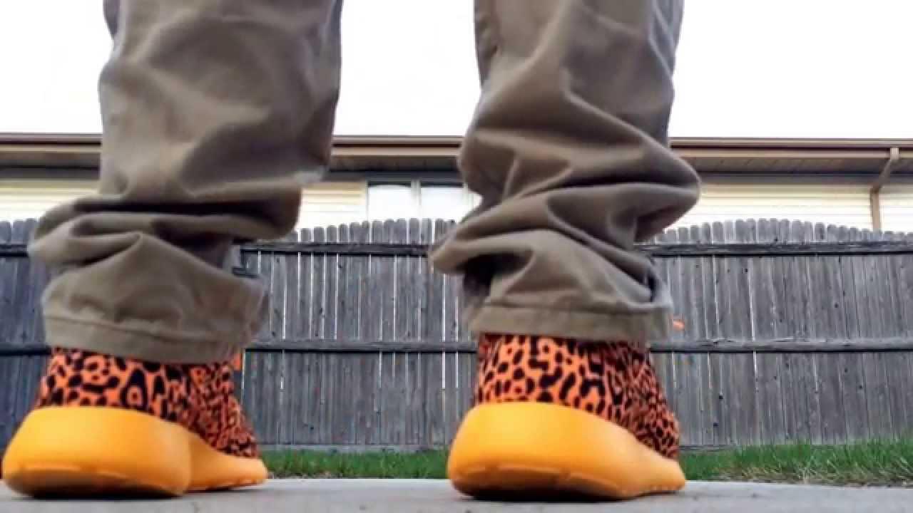 18a9f8274be71 Nike Roshe Run Leopard Cheetah (On Feet)   (Review) (HD) - YouTube