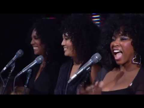 """""""I'm Every Woman"""" (Live) - Chaka Khan with David Foster and Friends"""
