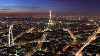 Увидеть Париж и заговорить на французском. Выездной курс с Дмитрием Петровым