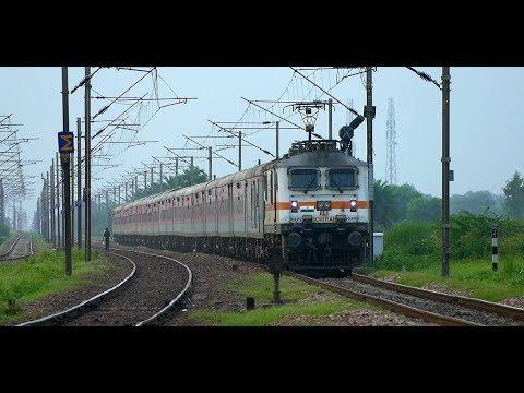 [IRFCA] New Delhi - Howrah Rajdhani Express rockets through Somna!!