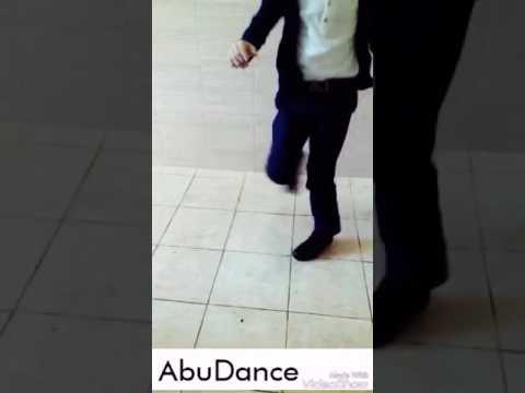 Али бандит ( танцует )