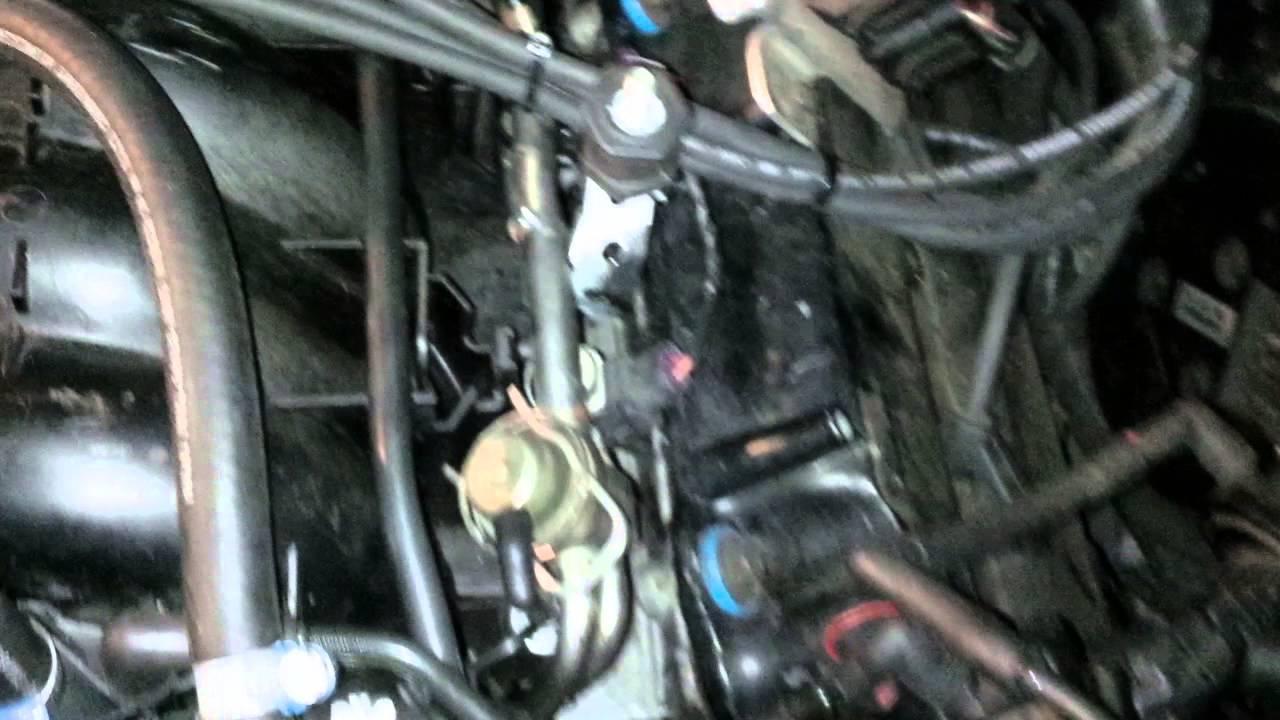 hight resolution of cadillac seville sls 1997 leaking intake manifold
