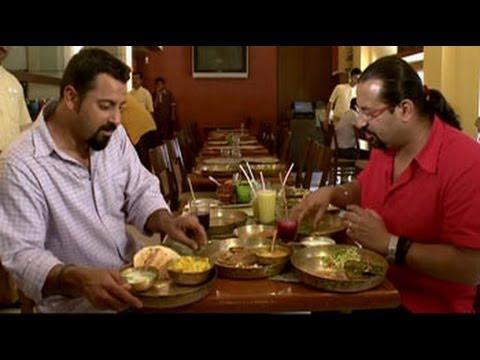 Rocky, Mayur savour street food in Mumbai