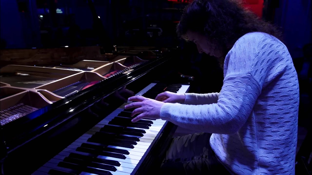 video: Angela Hewitt Plays Bach