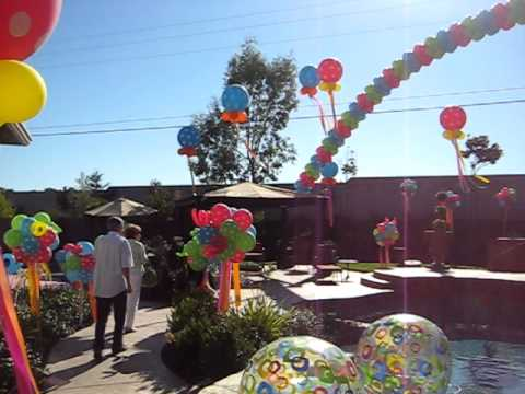 Outdoor pool party balloon decorations youtube for Garden pool party ideas
