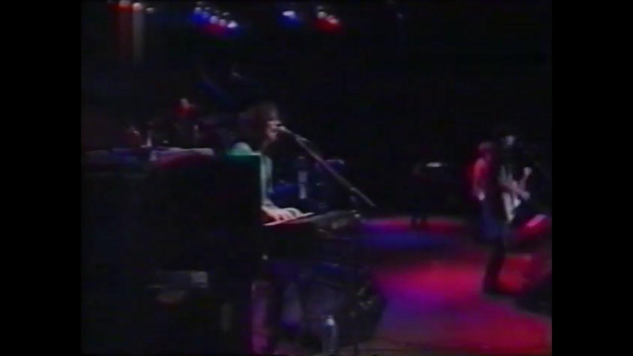 Los Rodriguez - No se puede vivir del amor (La Plata, Argentina / 19-11-1994)