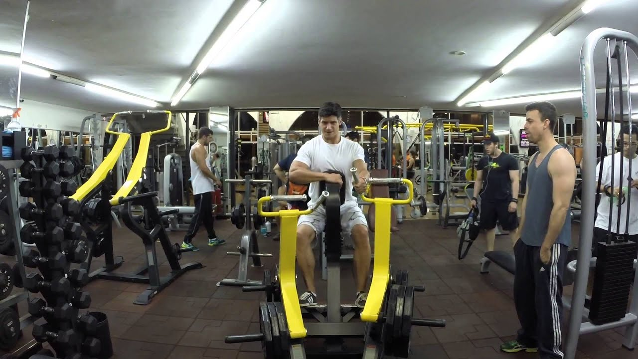 musculation en club dos avec unilateral row machine youtube. Black Bedroom Furniture Sets. Home Design Ideas