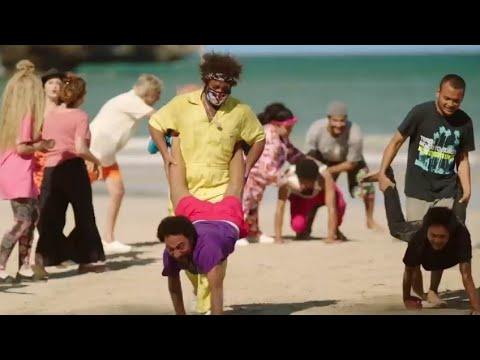 مسابقة بين المصرييين والصينيين ضرب ورقص وشد الحبل😁ياتري مين هيكسب🤔🤔