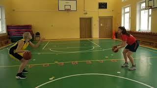 Баскетбол, ведение мяча, на уроке физической культуры