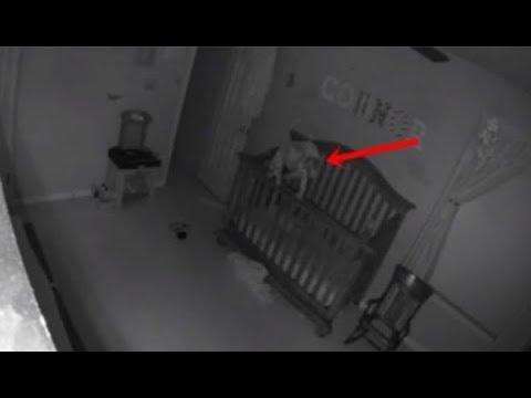 Bebê chora a noite toda, mas sua mãe só descobre no dia seguinte ao olhar as câmeras e ver o que aco